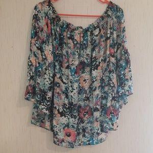 Boutique brand Size 1X blouse